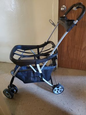 Car seat base stroller for Sale in Brooklyn, NY