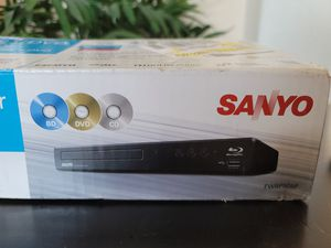 Sanyo blue-ray dvd player for Sale in Phoenix, AZ