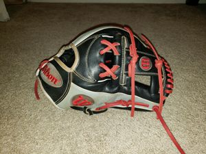 Wilson A2000 11.75inch Limited Edition Glove of the Month Baseball Glove Relaced for Sale in Riverside, CA