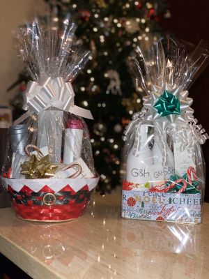 Gift baskets 🧺 are available for this holiday for Sale in South Brunswick Township, NJ