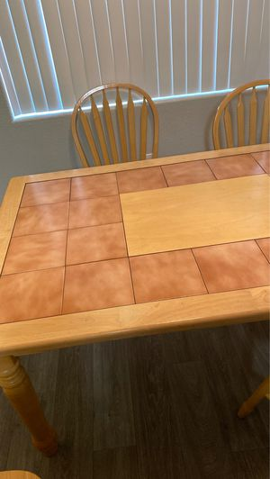 Dinning table for Sale in North Las Vegas, NV