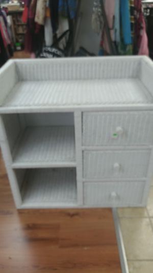 Wicker childs changing table for Sale in Abington, PA
