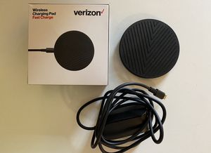 Verizon Wireless Fast Charge Charging Pad (for iPhone 8 or later and more) for Sale in Playa del Rey, CA