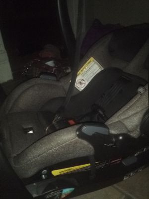 Evenflo car seat for Sale in St. Louis, MO