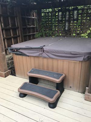 Sundance Hot Tub for Sale in Dallas, TX