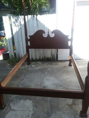 design queen bed frame for Sale in Tampa, FL