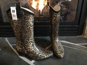 Adorable Cowgirl cheetah print rain boots. Exclusive company. Women's size 9. for Sale in Liberty Lake, WA