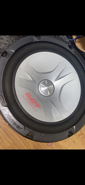 """Subwoofer pioneer IMPP 🔊 12"""" for Sale in Madera, CA"""