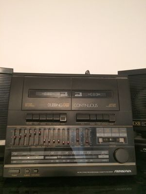 Soundesign AM/FM Stereo Receiver/ Double cassette recorder for Sale in Cleveland, OH
