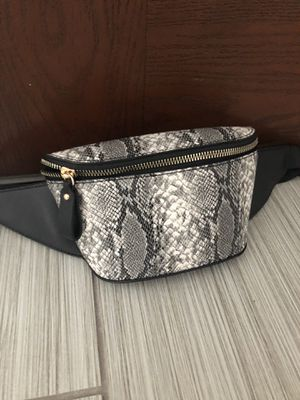 Cute little Belt bag for Sale in Schaumburg, IL