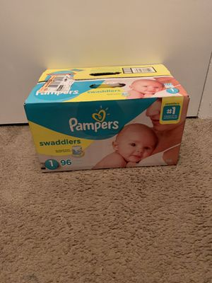 Pampers size Newborn and 1 for Sale in Orlando, FL