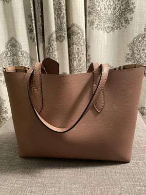 NWT Authentic Burberry Reversible Tote for Sale in Darien, IL