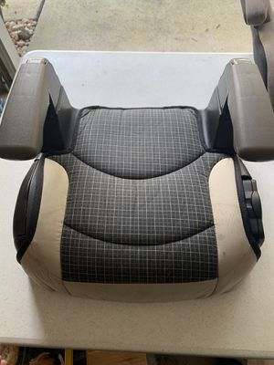 Evenflo big kid no back booster seat for Sale in Matthews, NC