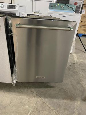 Dishwasher machines new ,as is ,stainless steel for Sale in Miami, FL