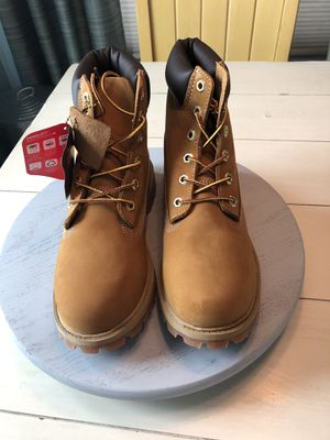 Young Mens Size 6.5 Timberland Boots for Sale in Tampa, FL