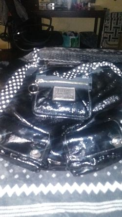 Black coach leather purse peeling a little bit but other than that it does the job for Sale in Barre,  VT