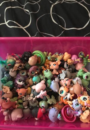 Animal toy figures for Sale in Melbourne, FL