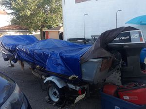 16 ft Fishing Boat for Sale in Chicago, IL
