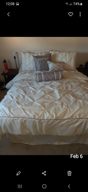 Bedroom set..everything included as seen in photos for Sale in San Jose, CA