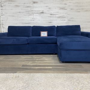West Elm Urban sleeper sectional W/ Storage for Sale in Canby, OR