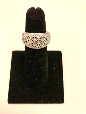 Silver ring and Swarovski crystals size 5 for Sale in Miami, FL