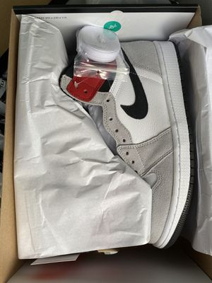 Air Jordan 1 smoke grey 100% authentic for Sale in Lewisville, TX