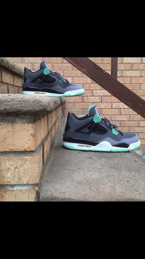 Jordan Green Glow Retro 4 for Sale in New York, NY