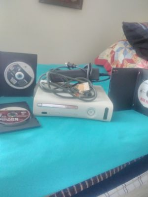 Xbox 360 Jasper model pro with 3 games wires no controller for Sale in Merced, CA