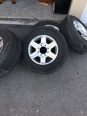 Dodge 3rd gen wheels for 2500/3500. New condition. Still have some whiskers. for Sale in Wenatchee, WA