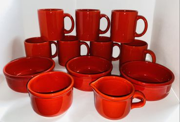 Waechtersbach Solid Colours Red 12pc Set for Sale in Naperville,  IL