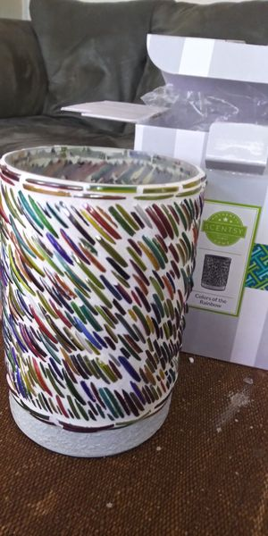 Colors of the Rainbow Scentsy Warmer for Sale in Gulfport, FL