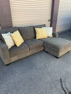 Like New Gray Reversible Chaise Sectional - Local Delivery Available for Sale in Virginia Beach, VA