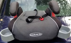 Graco Booster Car Seat w/ cup holders for Sale in Charlotte, NC