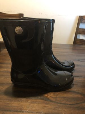 UGG rain boots (size 10) for Sale in Gaithersburg, MD