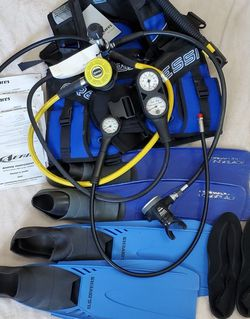 Womens Dive Suit Combo for Sale in Miami,  FL