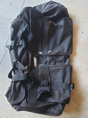 Large duffle/travel rolling bag for Sale in Lake Stevens, WA