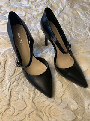 Nine West black leather heels with strap for Sale in Selinsgrove, PA