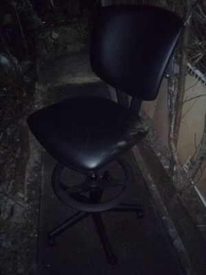 Brand new office chair w/ foot panel and hydrolic control w/reclining option for Sale in Nashville, TN
