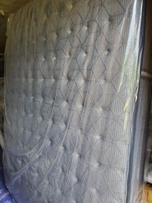 New- Queen Size Sealy® Humbolt Ltd Cushion Firm Tight Top - Mattress With Box - Price Not Negotiable for Sale in Arlington, TX
