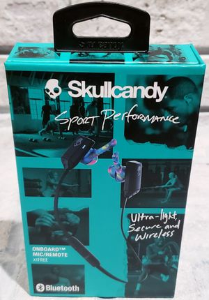 Skullcandy Sports Performance Txfree wireless Bluetooth headphones for Sale in St. Louis, MO