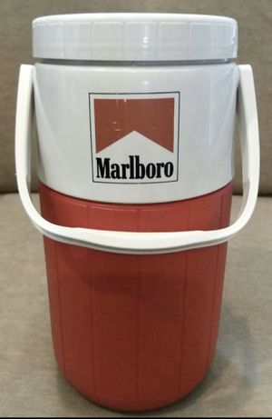 Vintage Marlboro Coleman Water Jug Insulated Cooler 5590 2 Liter Red Pour Spout Picnic Cookout Beach Camping for Sale in Chapel Hill, NC