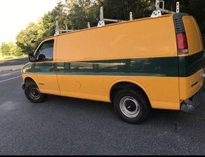 00 chevy express 3500 for Sale in Glen Burnie, MD