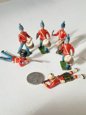 $20! Antique metal British toy soldiers for Sale in Tacoma, WA