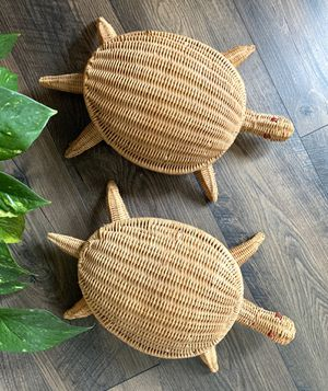 • vintage wicker turtle baskets + lid • for Sale in Issaquah, WA