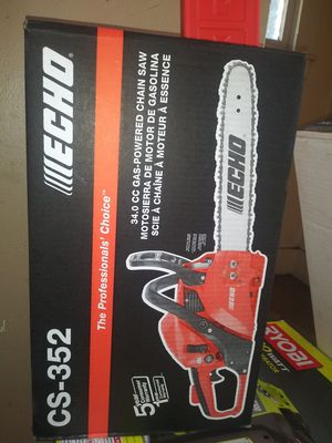 ECHO CS-352 gas chainsaw IN BOX NEVER OPENED for Sale in Detroit, MI