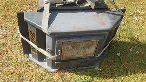 Russo coal stove for Sale in Leesport, PA