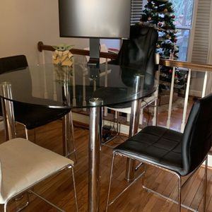 Modern Glass Dining Table With Four Chairs for Sale in Falls Church, VA