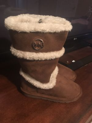 Michael kors toldder boots for Sale in Canton, GA