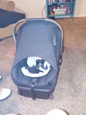 Nuna baby car seat for Sale in Oklahoma City, OK
