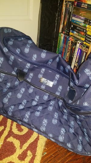 Jessica Simpson Rolling Pineapple Duffle Bag for Sale in Dallas, TX